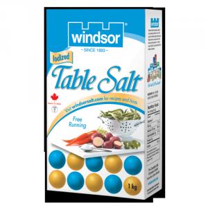 Le sel de table (chlorure de sodium) attaque les feuilles de l'herbe à la puce.